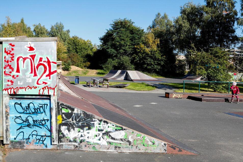 Ein Blick in einen anderen Bereich des Skateparks.