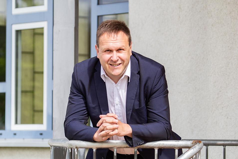 """Martin Koppein ist 41 Jahre alt, ledig und ein """"Ur-Einwohner"""" von Lauta. Er will sich bei der Wahl 2022 um das Amt des Bürgermeisters von Lauta bewerben."""