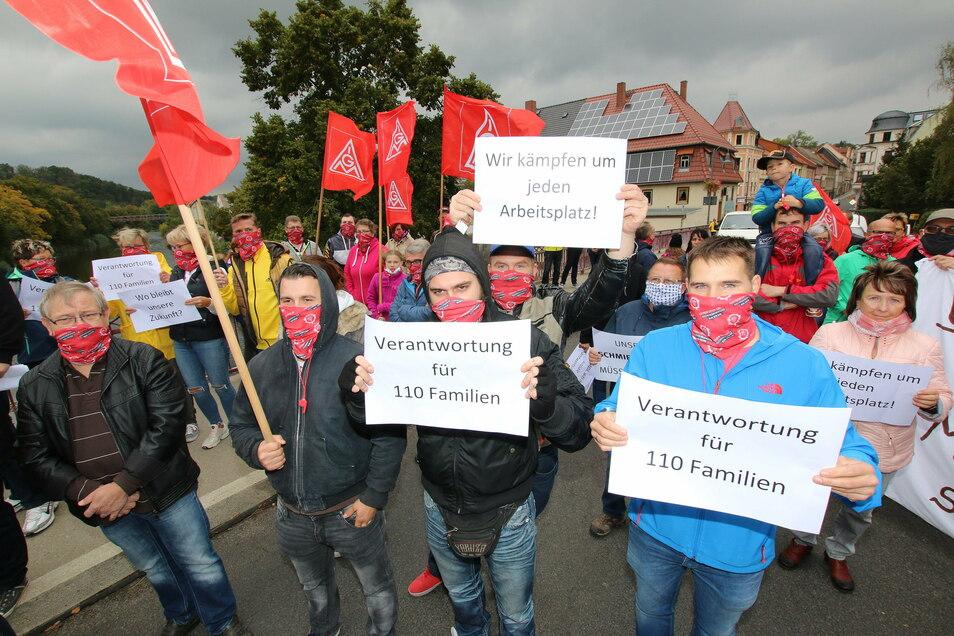 Die Roßweiner Schmiedewerker haben bis zuletzt um ihre Arbeitsplätze gekämpft, sind dafür sogar mehrfach auf die Straße gegangen. Nun schweigen die Schmiedehämmer.