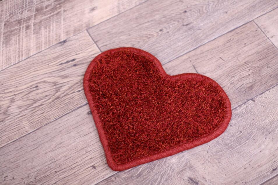 Während unsere Raumausstatter sich um Ihren Wunschteppich kümmern, können Sie zuschauen oder sich eine Tasse Kaffee gönnen.