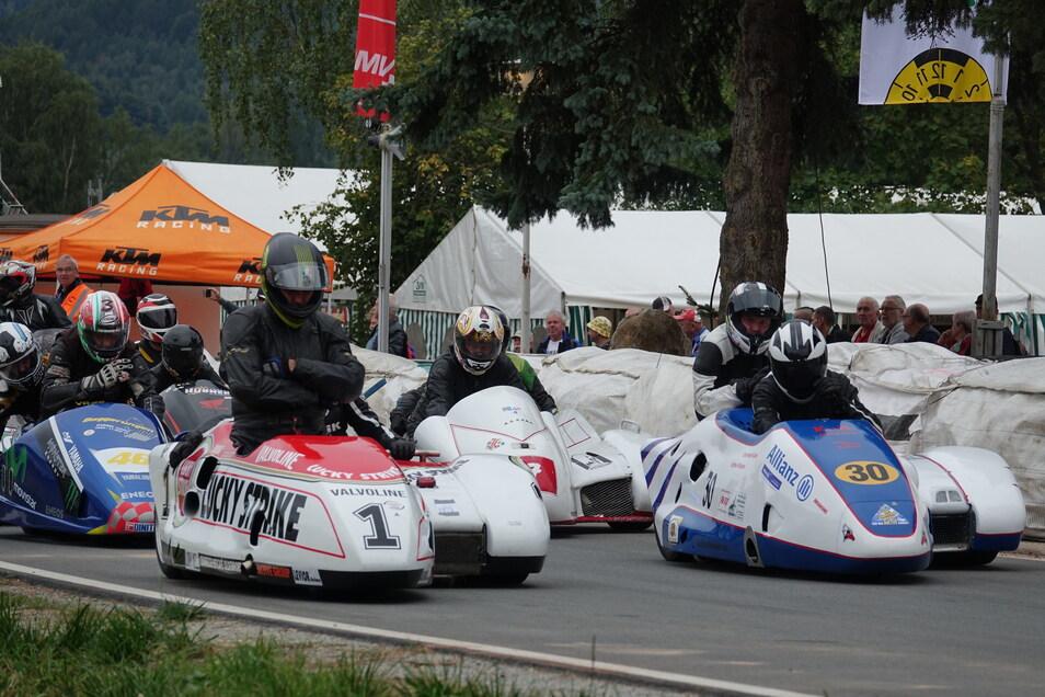 In zwölf Klassen gehen die Teilnehmer beim Dreieck-Rennen an den Start.