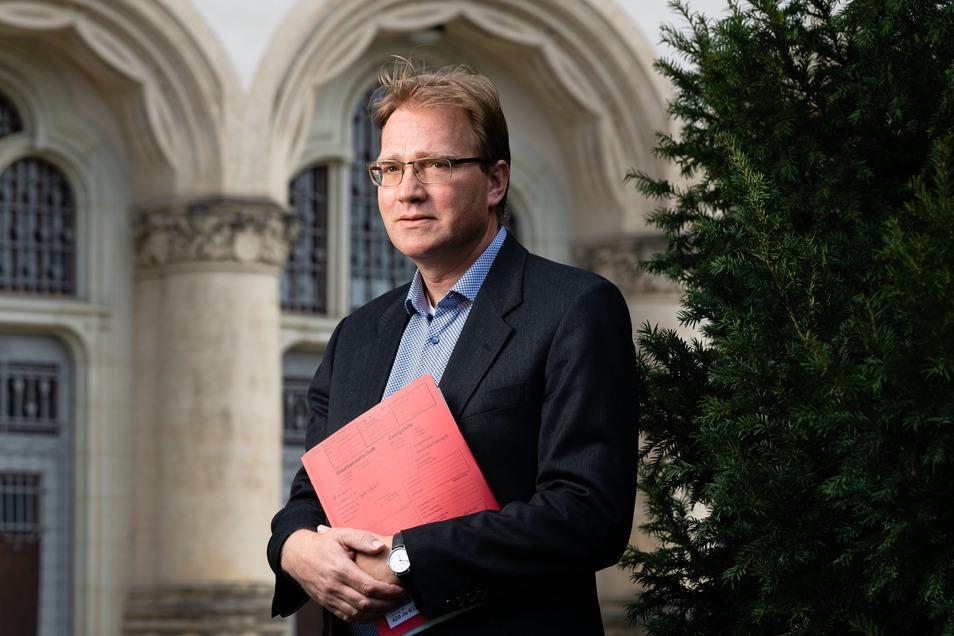 Der Bautzener Staatsanwalt Christopher Gerhardi ermittelt in der Drogenszene der Oberlausitz.