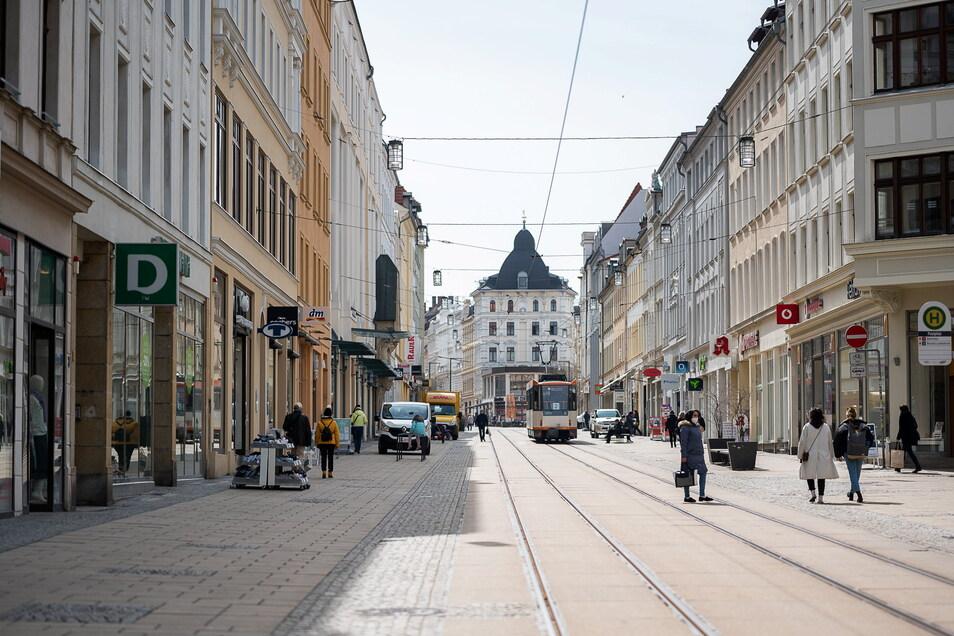 Eines der leeren Ladengeschäfte in Görlitz hat bald wieder einen Mieter.