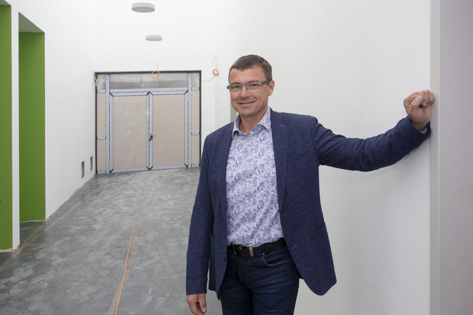 Wilsdruffs Bürgermeister Ralf Rother ist froh, das seine Stadt nun ein Gymnasium hat.