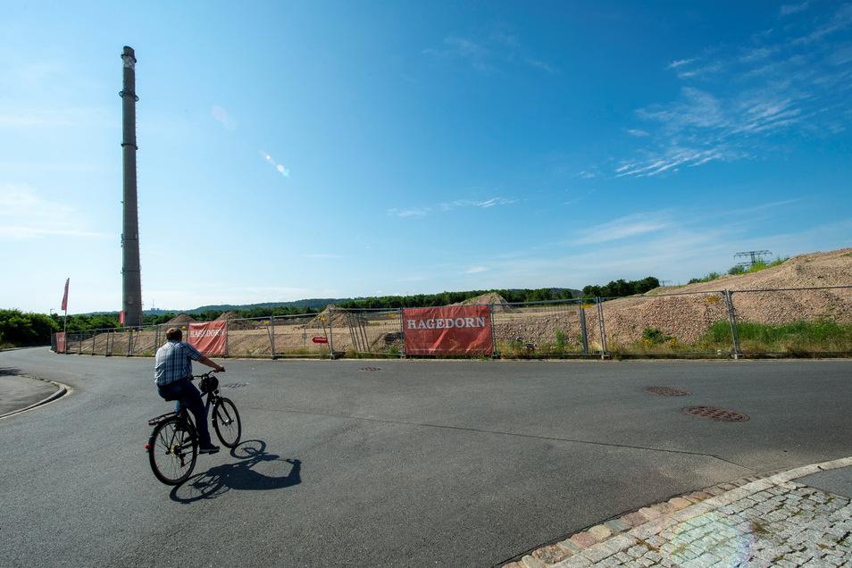 Dort, wo das alte Zellstoffwerk in Kötitz stand, ist jetzt eine große weite Fläche - aufbereitet für neue Ansiedlungen.