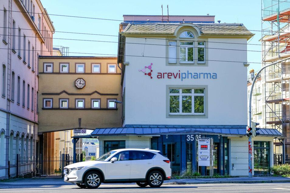 Dreimal wurde die Produktionsstätte von Arevipharma mit ihren Anlagen an der Meißner Straße 35 verkauft und stand sogar einmal vor dem Aus.