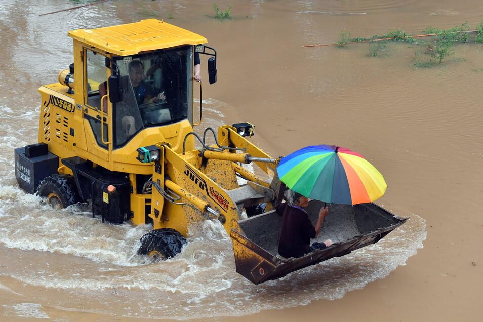 Massive Regenfälle - wie hier in der chinesischen Provinz Henan - könnte es künftig wohl öfter geben.