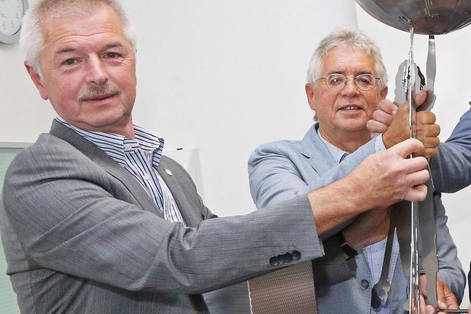 Matthias Mückel (l.) und Kurt Hähnichen sind Sprecher des Vereinigten Wirtschaftsforums Riesa. Die Gruppe versteht sich als Sprachrohr der regionalen Wirtschaft. Unter anderem fordert das Forum seit Jahren, dass die Bundesstraßen-Ausbauprojekte in der Reg