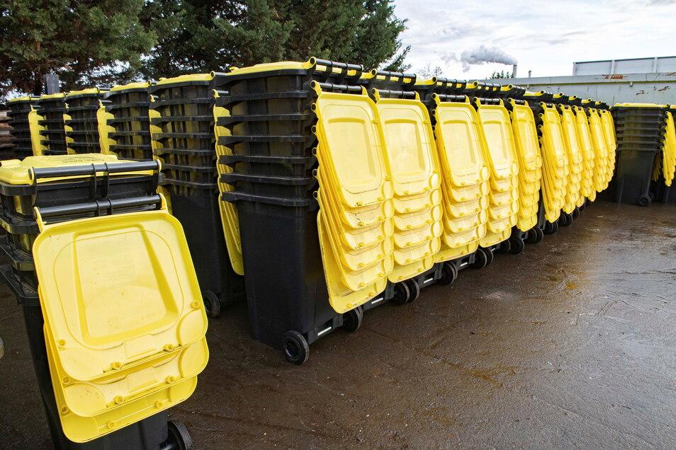 Gelbe Tonnen (Symbolfoto): In Pirna sind inzwischen alle Behälter ausgeliefert worden.