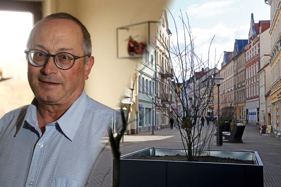 Die Diskussison um alternative Standorte für die Pflanzkübel in Riesa muss weitergehen, fordert AfD-Fraktionschef Joachim Wittenbecher.