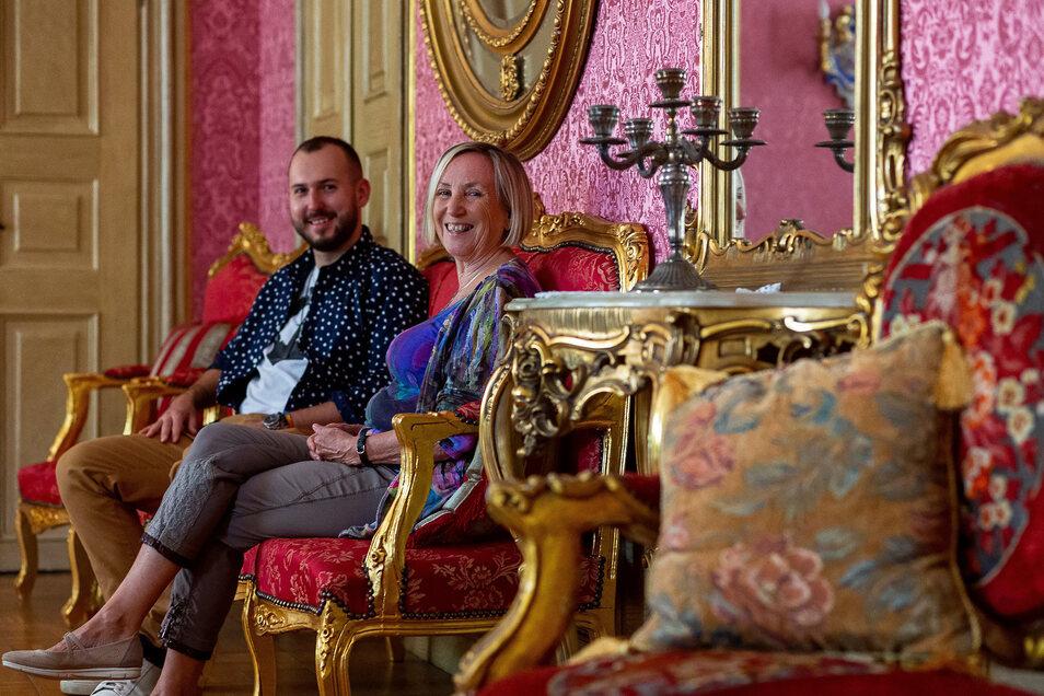Schlossbesitzer Jan Horsky und Irmela Werner vom Verein Freunde Schloss Nöthnitz begrüßen am Sonntag, 8. September, zum ersten Mal wieder Besucher in dem Anwesen im Dresdner Süden.