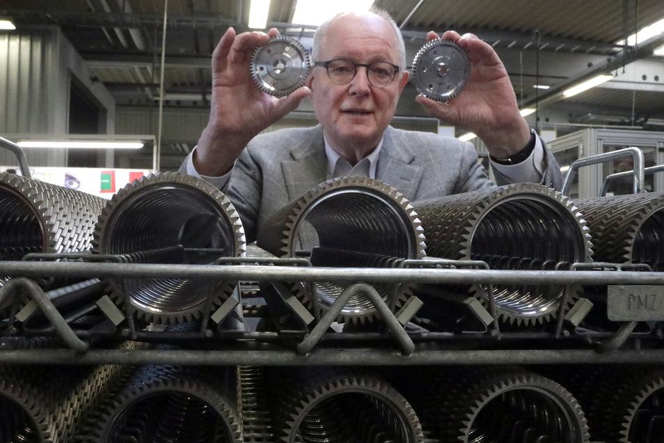 Hubertus Bartsch, Chef der Neue ZWL Zahnradwerk Leipzig GmbH, wurde für sein Lebenswerk geehrt.