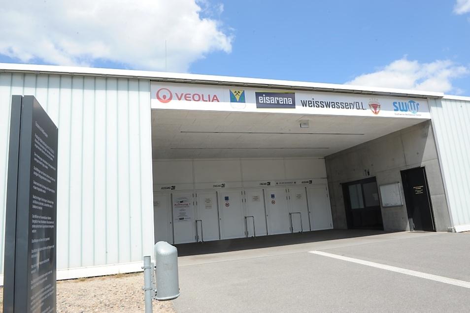 Eine AG soll die Betreibung von Einrichtungen wie die der Eisarena unter die Lupe nehmen.
