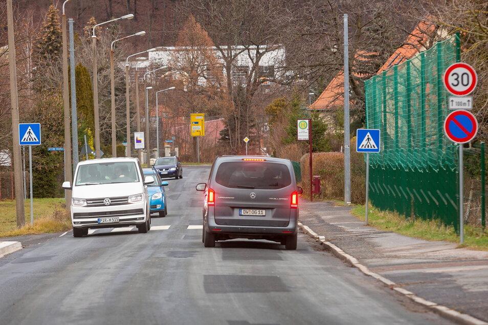Die Rabenauer Straße muss saniert werden, doch das wird für die Stadtkasse teurer als gedacht.