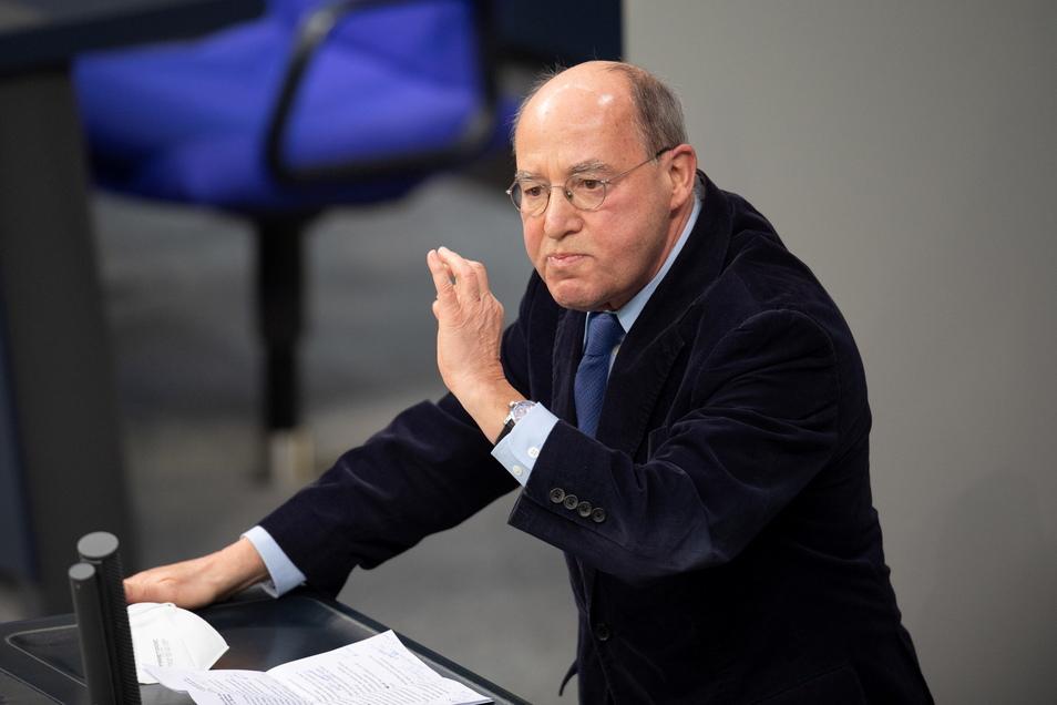 Gregor Gysi (Die Linke) spricht Anfang Februar bei einer Plenarsitzung im Deutschen Bundestag.