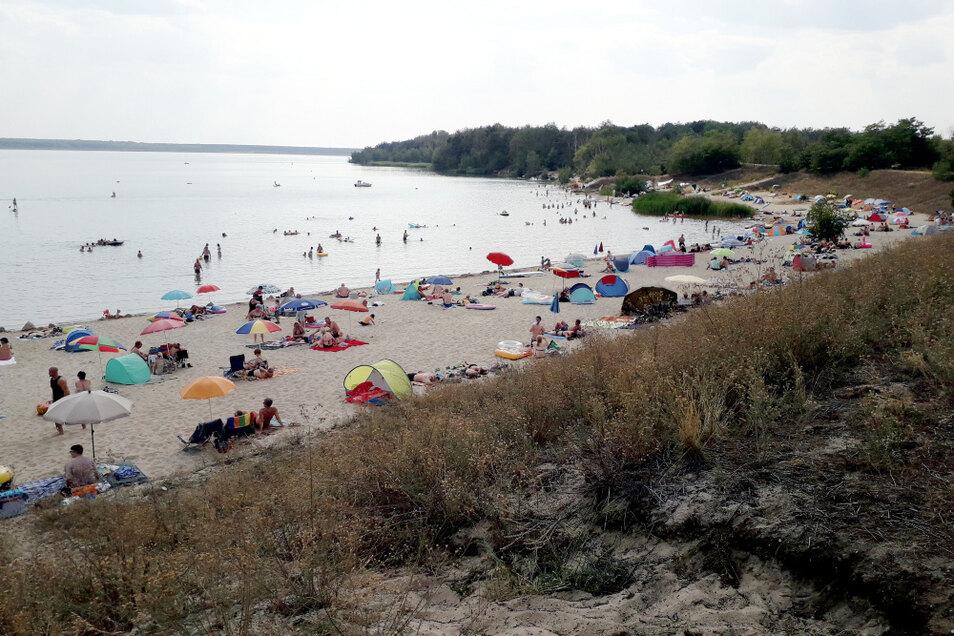 Der Strand am Partwitzer See am Samstagnachmittag.