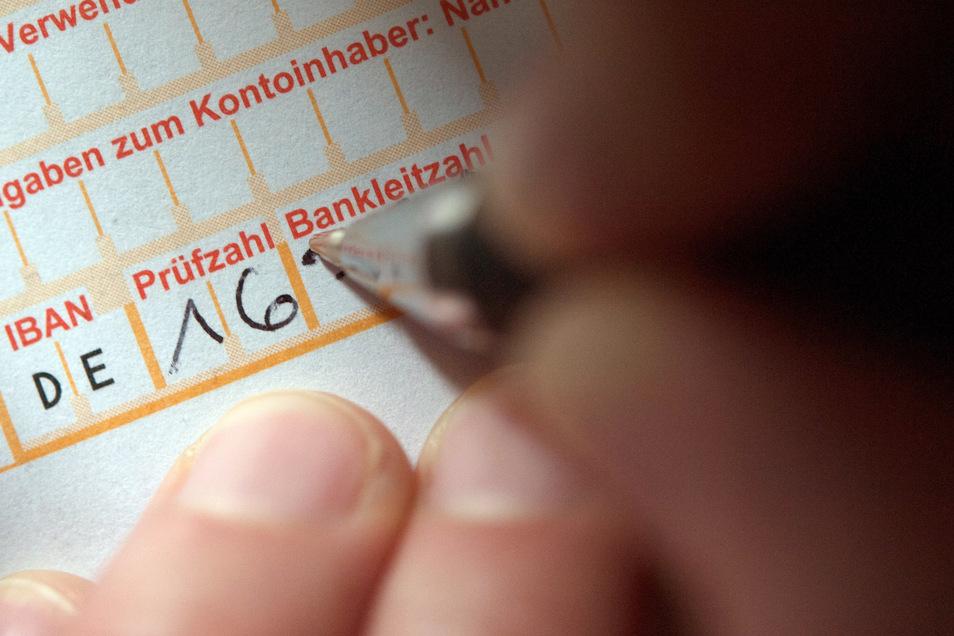 Die Mitarbeiter der Sparkasse Döbeln haben einen Betrugsversuch vereitelt.