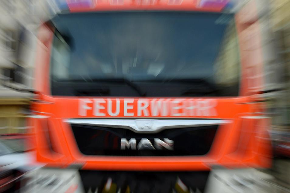 Am Sonntagabend wurde die Feuerwehr in die Neustadt gerufen. Weil die Straße zugeparkt war, kamen sie nicht zur Einsatzstelle.