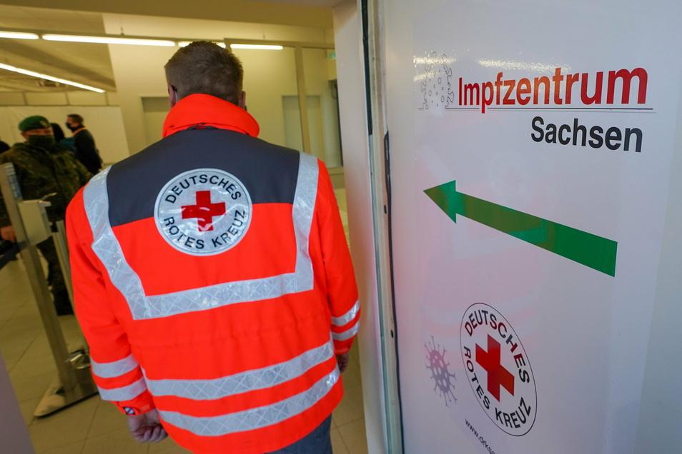 Nach wie vor sind Impfungen in den Impfzentren in Sachsen nur nach Terminen möglich.