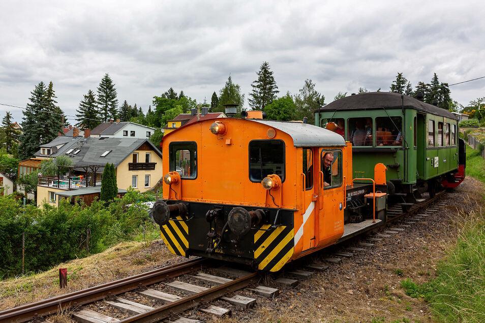 Die Windbergbahn war am Sonntag erstmals wieder auf freier Strecke mit Fahrgästen unterwegs, hier am Birkigter Hang.