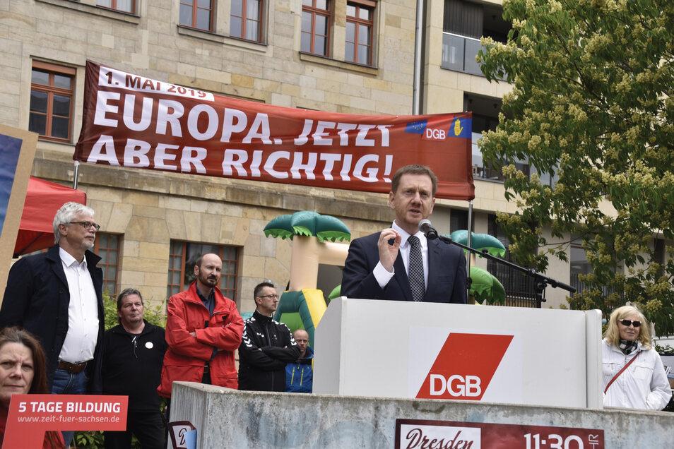 Ministerpräsident Michael Kretschmer sprach am 1. Mai am Schützenplatz.