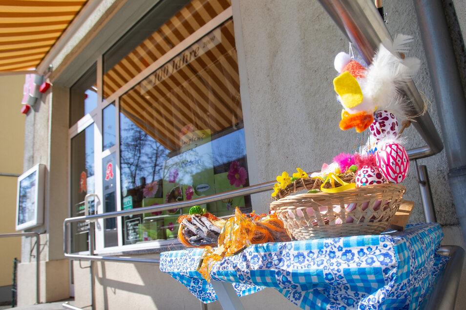 Österliche Überraschung an der Apotheke auf der Ernst-Thälmann-Straße.