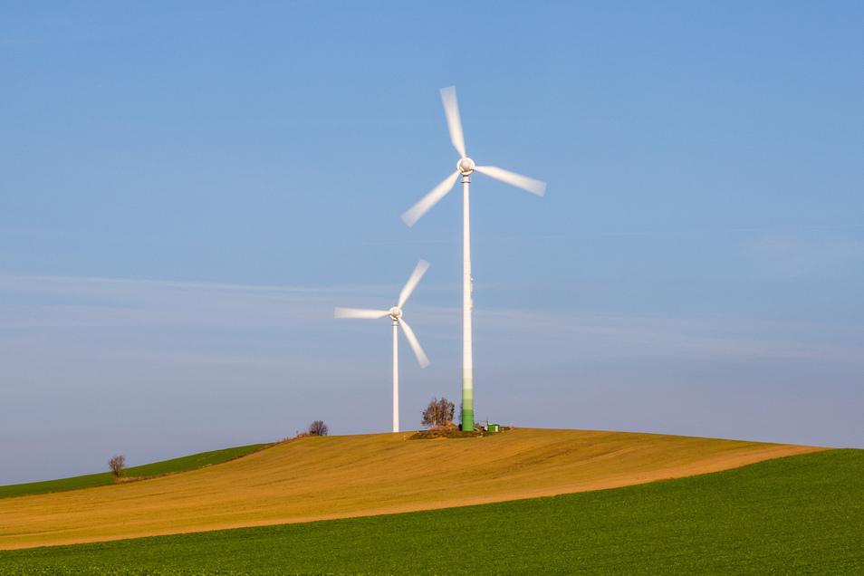 Wo werden sich in Zukunft noch Windräder drehen, wie diese beiden hier bei Stolpen?