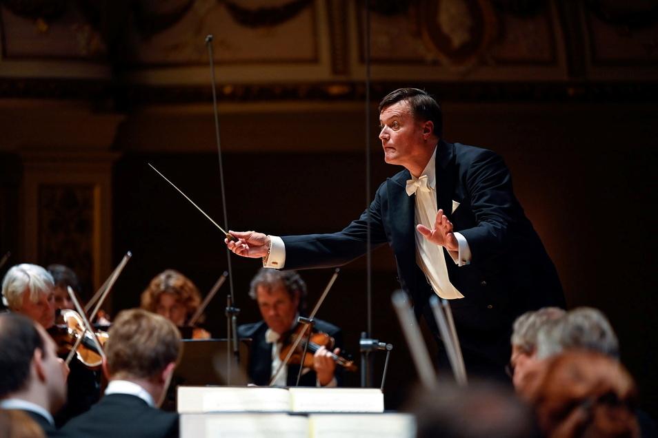 Christian Thielemann entfesselte eine exzellente Symbiose aus Musizierfreude, Experimentierlust, Raffinesse und Emotion.