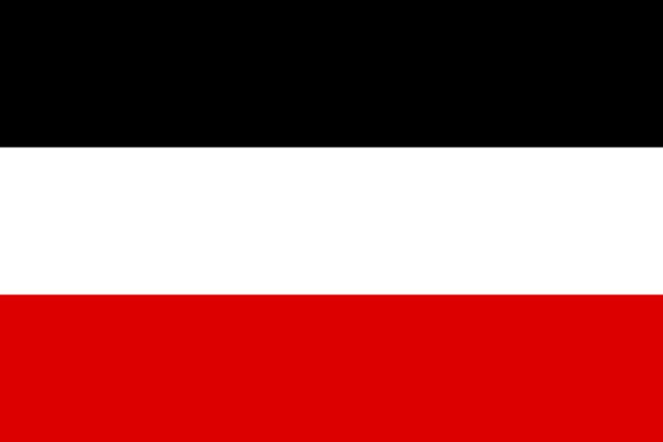 Die Reichsflagge ist die Flagge des Deutschen Reiches. Sie stand während der Weimarer Republik und seit dem Ende des Zweiten Weltkriegs für die Ablehnung von Demokratie. Verboten ist sie nicht.