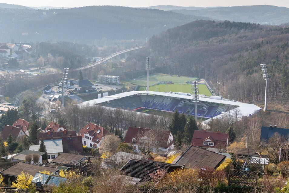 FC Erzgebirge Aue | Erzgebirgsstadion | Kapazität: 16.080 | Auslastung: 8.000 | Auslastung in Prozent: 49.