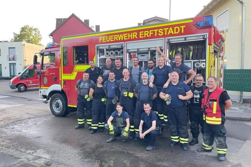 Die Männer und Frauen der Feuerwehr von Erftstadt-Köttingen waren tagelang im Flutgebiet im Einsatz. Einer von ihnen ist selbst betroffen. Ihm wollen die Kameraden der Richzenhainer Partnerwehr helfen.