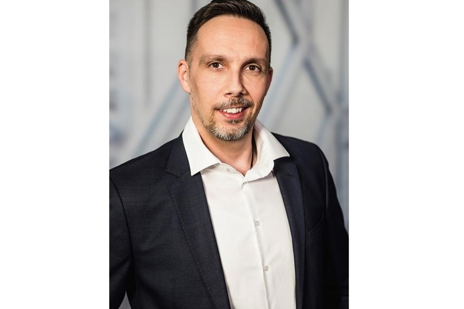 Victor Vincze ist Vorsitzender des Dresdner Ausländerbeirates und Vorstandsmitglied des Ausländerrates e.V. Letztere Funktion soll er jetzt ruhen lassen.