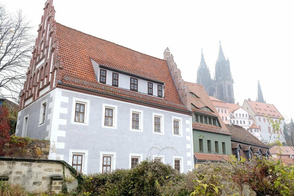Die Terrasse vor dem Prälatenhaus an den Roten Stufen bietet die Möglichkeit für Trau-Zeremonien unter freiem Himmel.
