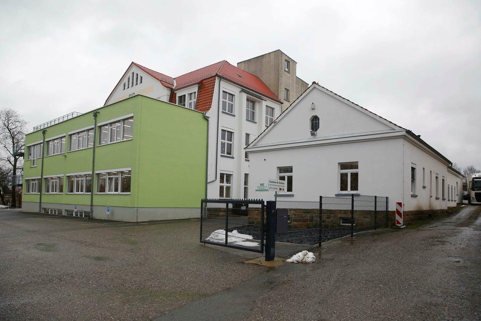 Das ist der Sitz der Großröhrsdorfer SHZ Sächsische Hebe- und Zurrtechnik GmbH.
