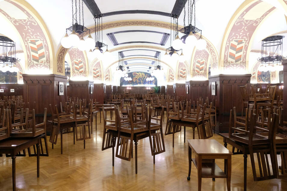 Nachdem Biergärten, Restaurants und Hotels wochenlang dicht waren, sollen sie nun am 15. Mai wieder öffnen dürfen – unter strengen Auflagen. Foto: dpa