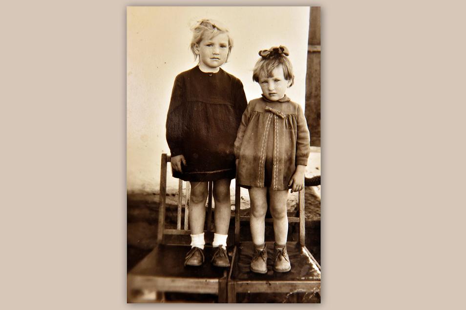 Das Foto zeigt Tatjana Jurk mit ihrer Schwester Ludmilla.