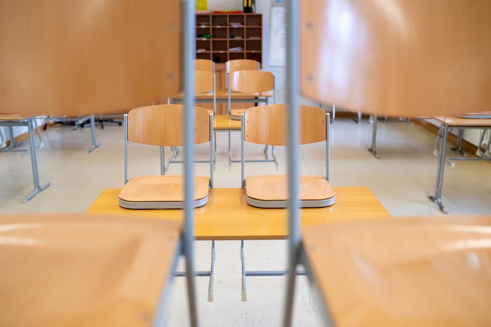 Die Dresdner Klassenzimmer sollen sich wieder füllen, finden Lehrer und Eltern.