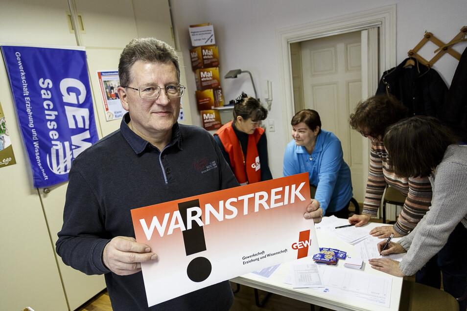 Bernd Kaiser ist selbst Gymnasiallehrer in Görlitz und Vorsitzender der Gewerkschaft Erziehung und Wissenschaft im Landkreis.