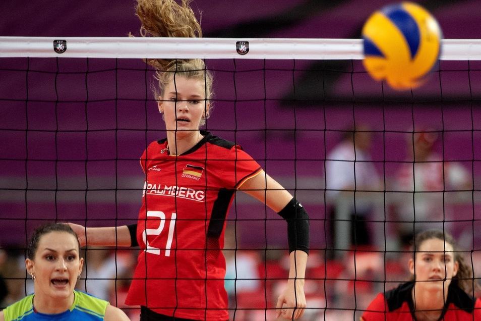 Bei allen deutschen Spielen in der Startformation: Camilla Weitzel.