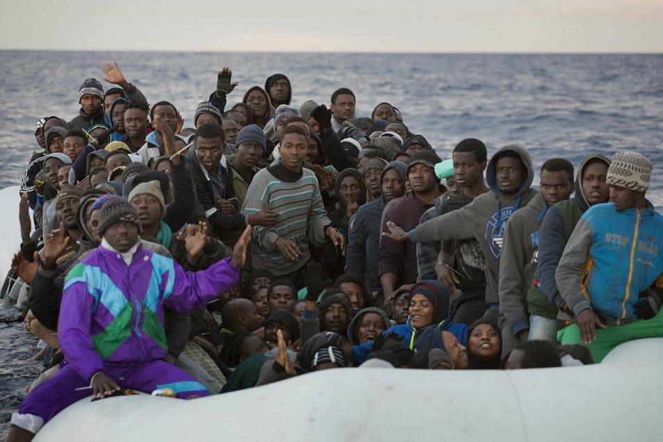 Fast täglich kommen in Booten aus der Türkei und dem Nahen Osten Migranten auf Zypern und damit auch in der EU an.