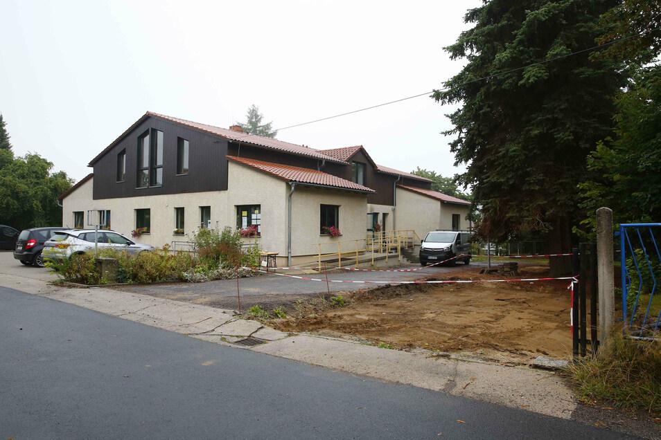 Im Bürgerhaus in Oberlichtenau wird der Bereich für die Hortkinder erweitert. Die Stadt Pulsnitz bezahlt das mit Geld vom Freistaat.