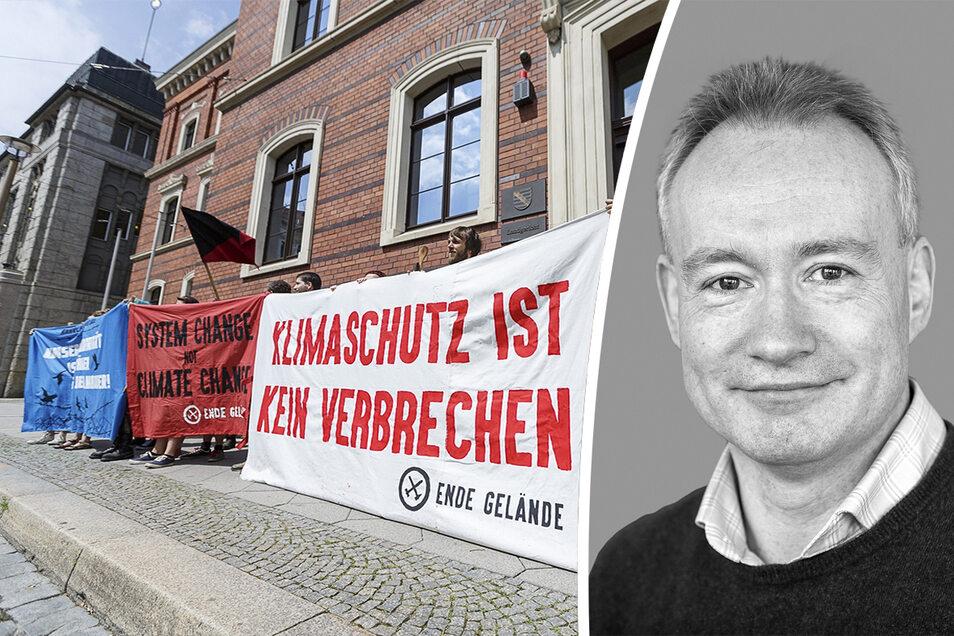 """Aktion der Initiative """"Ende Gelände"""" vor dem Landgericht Görlitz anlässlich des Prozesses gegen einen Umweltaktivisten"""