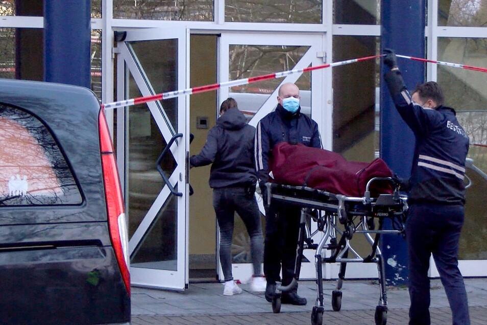 Ein 53-jähriger Arzt hatte in dem Gebäude einen tödlichen Stromschlag erlitten.