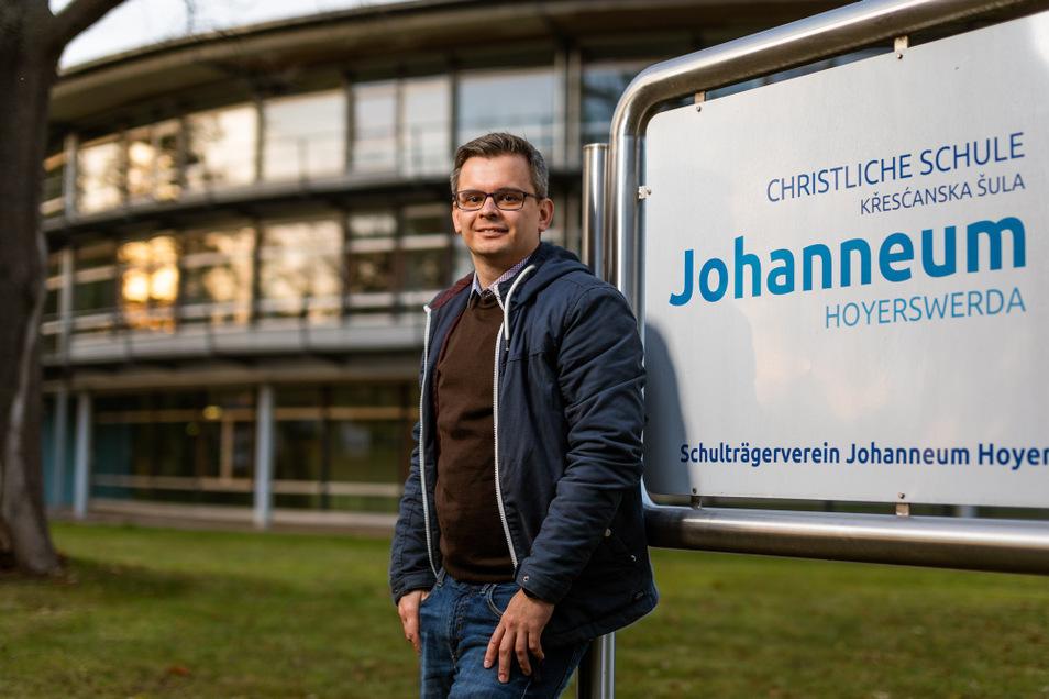 Hier sind die Wurzeln, auf die Christoph Wowtscherk gerne zurückblickt: in der Christlichen Schule Johanneum Hoyerswerda.