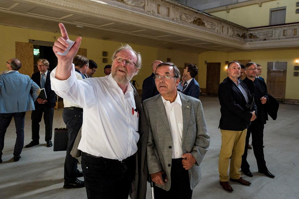 Wolfgang Thierse mit Volker Bandmann in der Görlitzer Stadthalle.