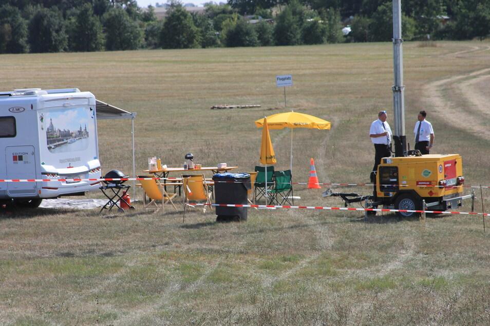 Da ist aber noch Platz: Die Verpflegungsstelle der Busfahrer auf dem Parkplatz in Göhlis.