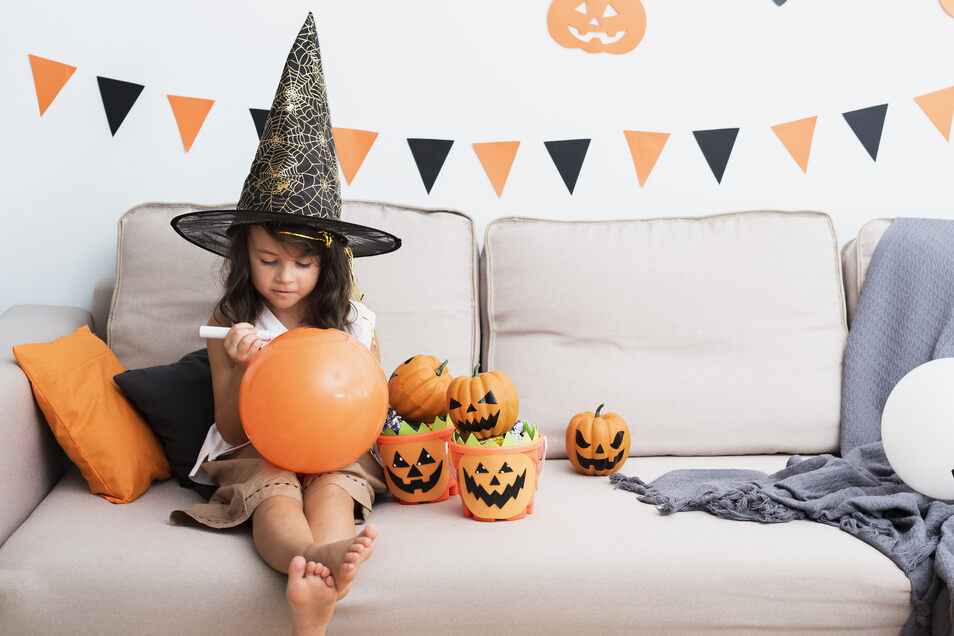 Nicht zu einer Halloween-Party gehen zu können, heißt nicht, dass nicht gefeiert werden kann.