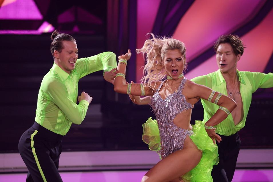 """Schauspielerin Valentina Pahde und Profitänzer Valentin Lusin (l) gelten als Favoriten bei der RTL-Tanzshow """"Let's Dance""""."""