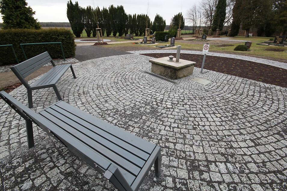Etwas mehr als 60.000 Euro investierte die Stadt Bernsdorf im Jahr 2019 in die Umgestaltung des Friedhofes in Wiednitz.