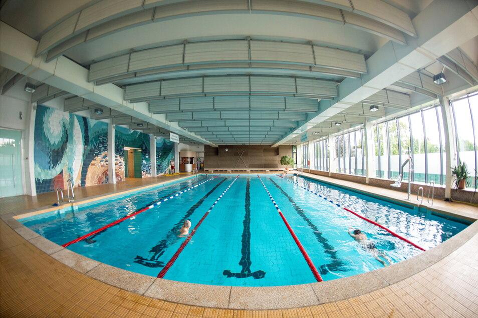 Seit 1984 ist die Radebeuler Schwimmhalle in Betrieb.